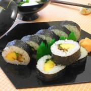 伊達巻入り巻き寿司