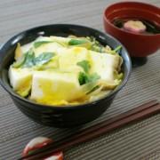 No.23089 「白はんぺん」の卵とじ丼①