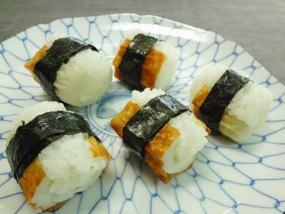 No.25007(料理25-012) ちくわの一口寿司(海苔)完成